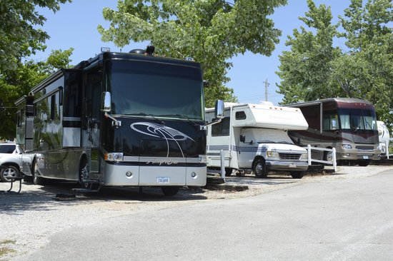 Branson KOA: Room for Big Rigs