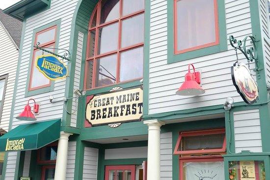 Jeannie's Breakfast : Signage