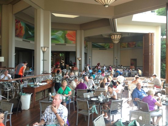 Hyatt Regency Maui Resort and Spa: Beautiful open dining area