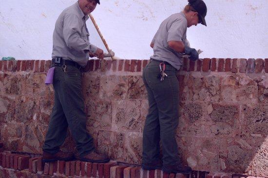 Fortín de San Gerónimo del Boquerón: Park Rangers constantly preserve