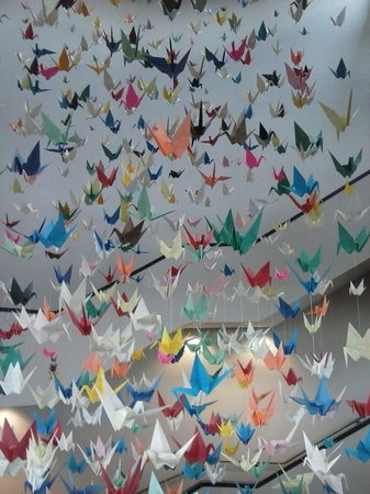 Washington Pavilion: A cascade of 4000 origami cranes that filled a four storey stair well.