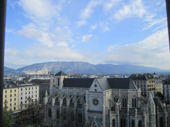 Cornavin Hotel Geneva: 部屋からの眺望
