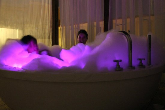Alfiz Hotel : Hot tub