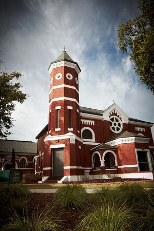 Wangaratta Art Gallery : art gallery