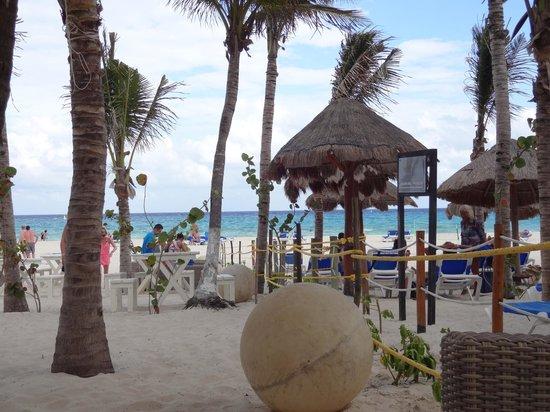 Sandos Playacar Beach Resort : Vue du bagel bar
