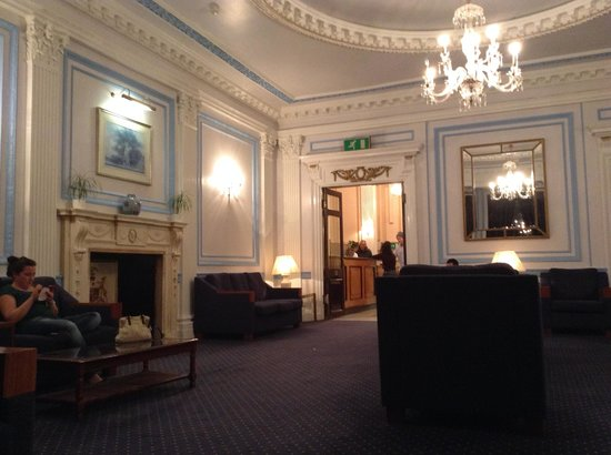 The Columbia: Lobby del hotel