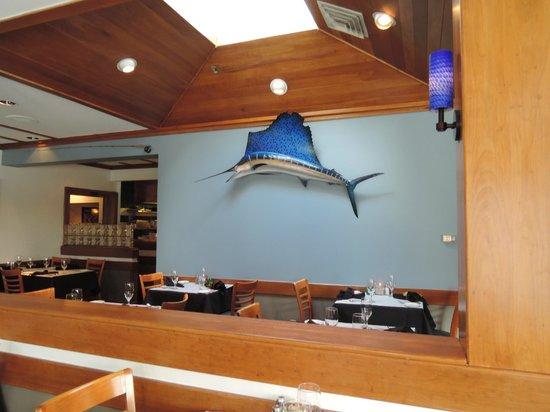 Montauk Seafood Grill: Interior