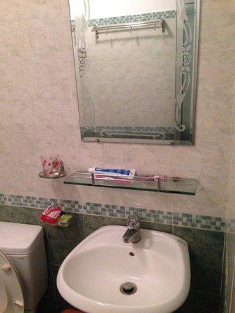 Dong Hai Hotel Nha Trang : bathroom