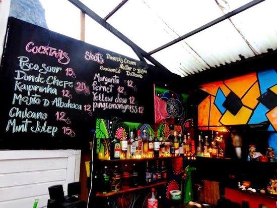 Supertramp Eco Hostel: Terraza/Bar