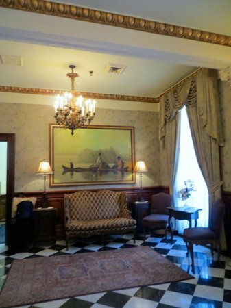 Le Richelieu in the French Quarter : Classic furnishings