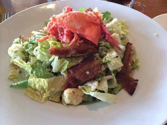Moonshadows: insalata con astice e bacon. Molto buona