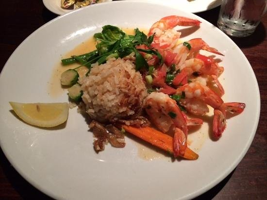 Old Fisherman's Grotto: shrimp scampi