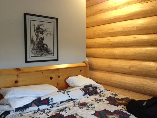 Bear's Claw Lodge : Room interior
