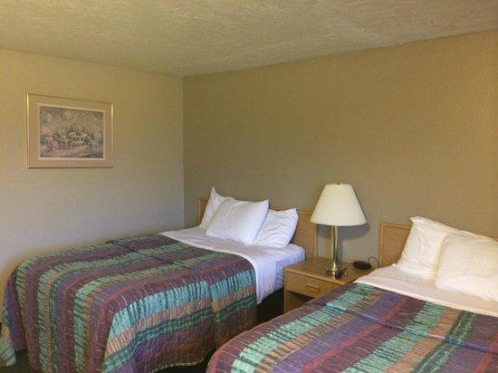 Red Ledges Inn: Chambre double avec deux lits doubles