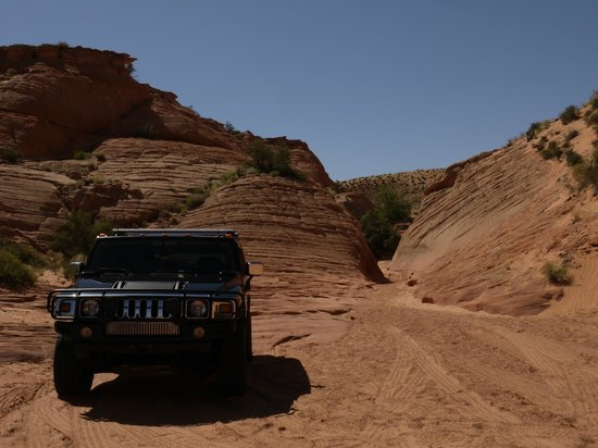 Slot Canyon Hummer Adventures : The chariot