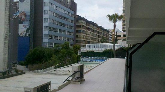 Hotel RH Corona del Mar: looking right from room 107
