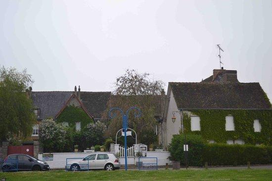 Villa Alienor : Surroundings: Pty-Andeli