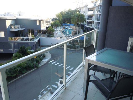 Mantra Aqua: Apartments have spacious balconies