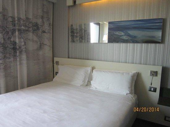 Ibis Styles Roma Eur: Room
