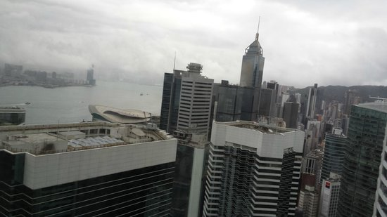 Island Shangri-La Hong Kong : View from 42nd floor