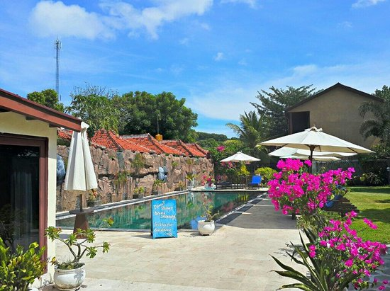 Gili T Resort: The Swimming Pool within the resort.