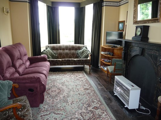 Abbey's Cottages: Second Lounge Area
