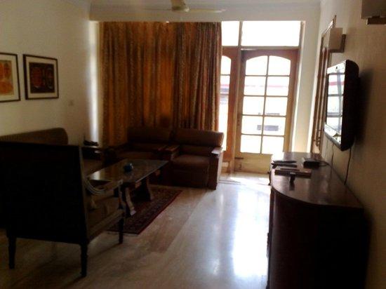 Woodpecker Bed & Breakfast : Living room