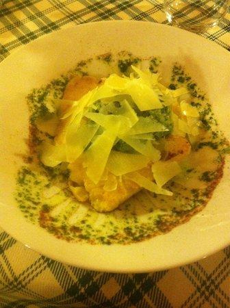 La Vecchia Griglia: Antipasto: luccio con polenta e parmiggiano.