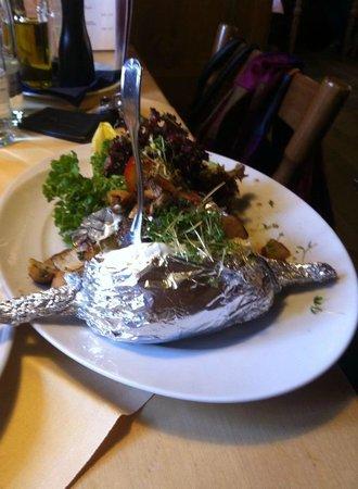 Hotel Gasthof Hottl : Uno dei piatti tipici serviti dal ristorante