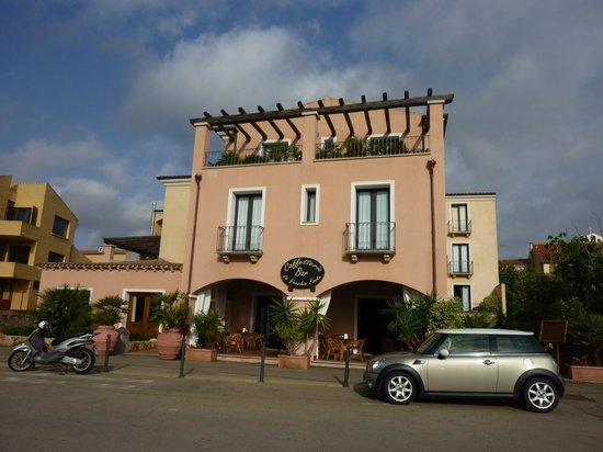 La Vecchia Fonte Hotel : facciata hotel