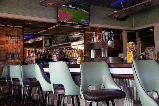Chili's Grill & Bar: Bar