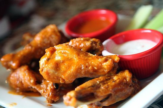 Chili's Grill & Bar: Yummy Wings