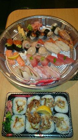 Kinji Japanese Restaurant: Nigiri sushi & spider rolls