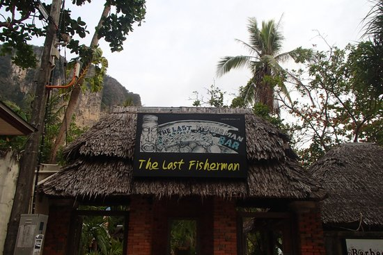 The Last Fisherman : Entrance