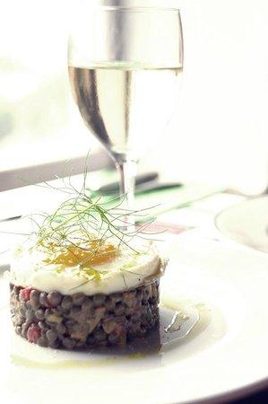 L'Entre-Pôtes : lentil salad with egg