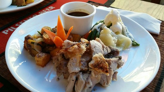 Aussie XL Cafe: 5 buck Sunday roast...