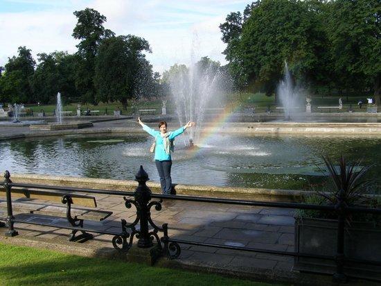 Hyde Park : Красота и блаженство