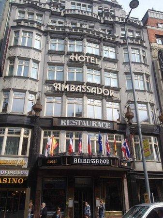 Hotel Ambassador - Zlatá husa : Hotel Front