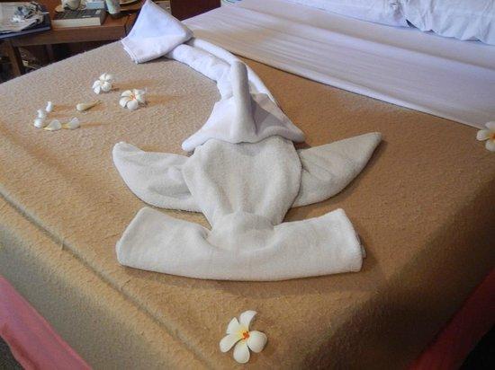 Layang Layang Island Resort: towel art by Sham in housekeeping