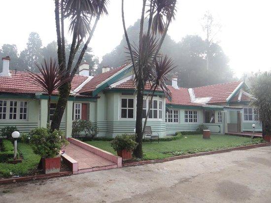 Hotel Mayura Sudarshan Ooty: Hotel Building