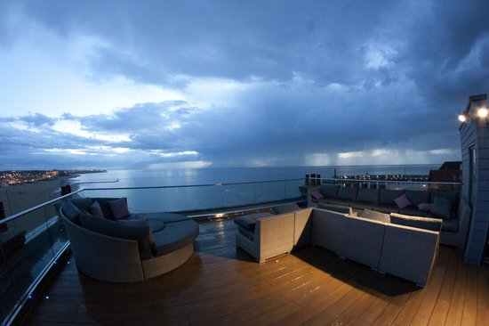 Sands Hotel: View from roof terrace