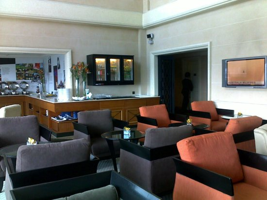 Le Meridien Kuala Lumpur: Club Lounge
