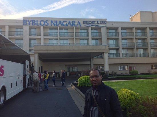 Radisson Hotel Niagara Falls - Grand Island : Entrance