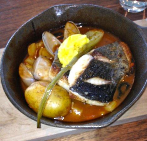 Oakridge Wines: Fish with clams