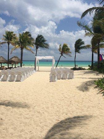 Iberostar Tucan Hotel: Preparing for a wedding.