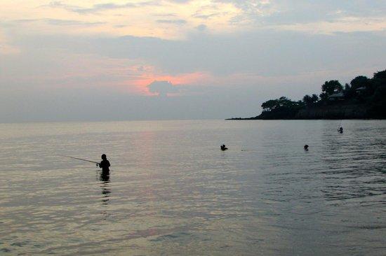 Sheraton Senggigi Beach Resort : Fishermen