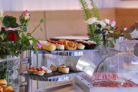 Aimia Hotel: Buffet Breakfast