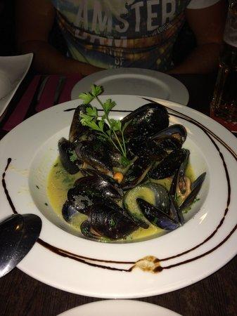 Sal Negra: Mussels