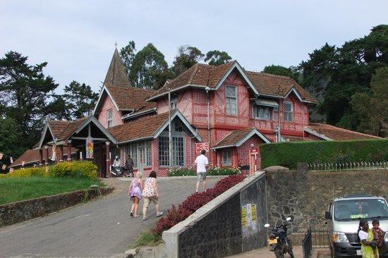 Heaven Seven Hotel Nuwara Eliya: post office