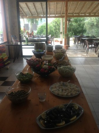 Ouranos Club: Vegetarisches Buffet warm und kalt